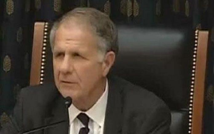 قاضی تد پو عضو کنگره آمریکا