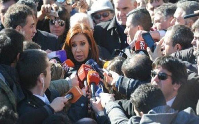 کریستینا فرناندز به اتهام