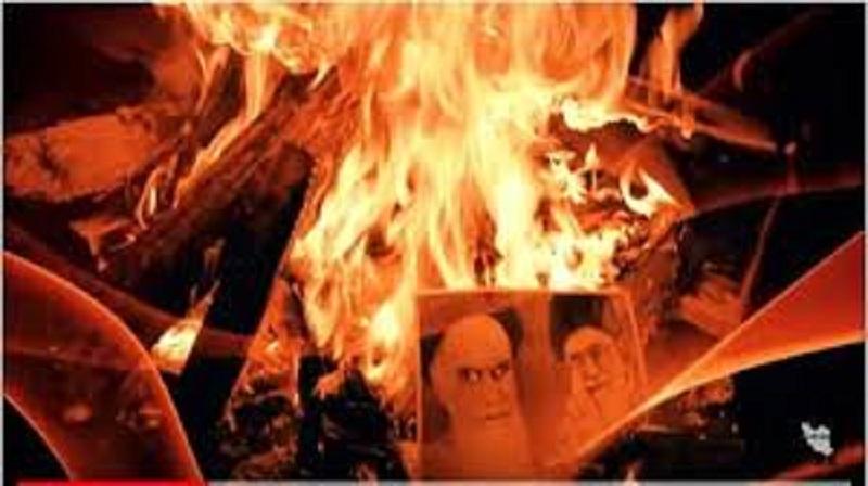 به آتش کشیدن تصاویر خامنه ای و خمینی ملعون در تظاهرات مردم عراق