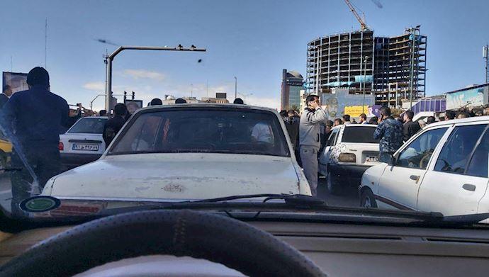 اعتراض علیه گرانی بنزین